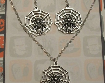 Cute Antique Silver Gothic Spider Web Halloween Charm Necklace and Earrings