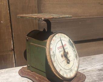 Vintage Eveready Kitchen Scale