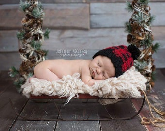 On SALE, Buffalo Plaid Hat,  Buffalo Plaid Newborn Hat, Plaid Baby Boy Hat, Plaid Baby Girl Hat, Plaid Crochet Hat, Crochet,  Buffalo Plaid