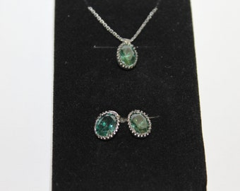 Beautiful Silver Emerald Necklace and Earrings Pair