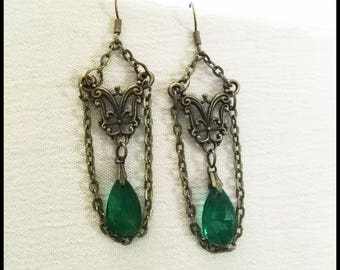 Gothic victorian earring bronze with emerald green stone, steampunk, victorian jewelry, handmade gift