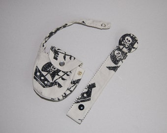 Pirate Bounty paci clip and pouch set.