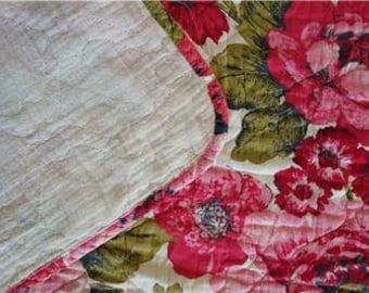 Vintage French Pink Floral Quilted Coverlet BEDSPREAD Twin/Full 1950s 1960s