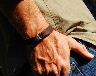 Mens Sterling Chain Leather Bracelet  The Eagle  Leather Sterling Cuff Bracelet with Black Onyx Stones, Mens or Womens, Custom Bracelet