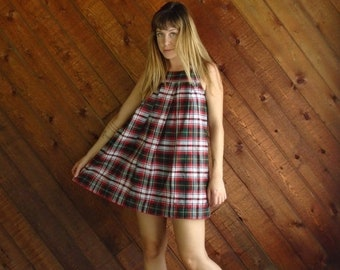 EXTRA 20% OFF SALE.... Red Plaid Mini Jumper School Dress - Vintage 90s - Xs