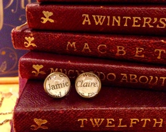 Outlander earrings, Jamie and Claire, Diana Gabaldon, book lover earrings