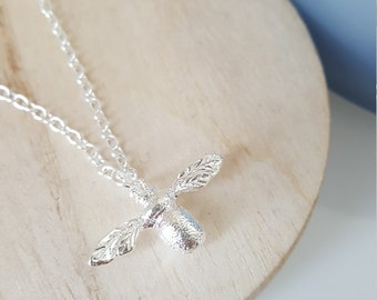 Cute Petite Bumble Bee Necklace Silver Tone Jewellery Honey