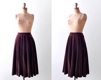 40 velvet skirt. m. 1940's burgundy skirt. brown. full. Toni Owen.