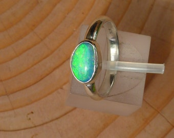 Silver opal ring size 5-1/2 / K-1/2 16