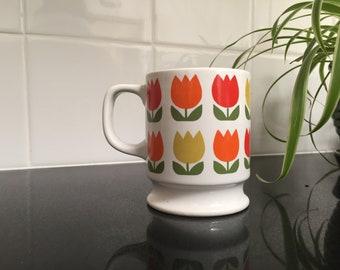 Vintage 1960's Tulip Mug | Color Blocking