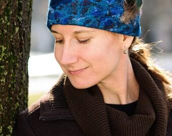 Blue Felt Hat, Cloche Silk Felt Hat with Feathers, Persian Blue Felted Hat, Woolen Hat with Feathers Detail, Women's Winter Hats