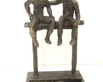 bronze statues of 2 personnes.hauteur 13 cm