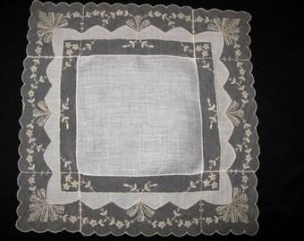 Lace Hankie Antique Lace Handkerchief Heirloom Hanky Vintage Ivory Hanky Hankerchief