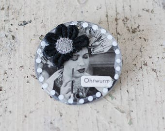 Mix media brooch, brooche, art collage, round art collage, artwork, art brooches, vintage photo, Fabric blossom