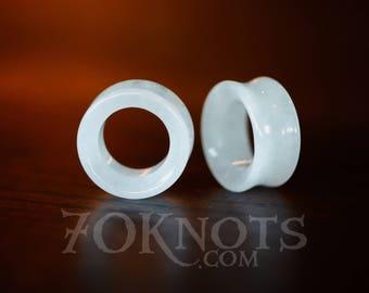 TUNNELS White Quartz Stone Plugs - Double Flared - 1 Pair - 6mm, 8mm, 10mm, 11mm, 12.7mm, 14mm, 16mm, 19mm, 22mm, 25mm - Organic