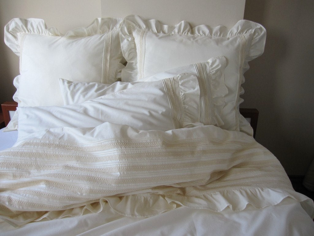 Ivory Shabby Chic Bedding: Pintuck Duvet Cover-ruffle Bedding Full Queen King Lace Trim