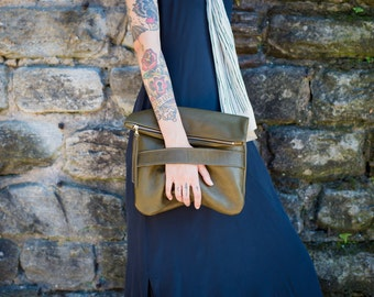 The Mary Foldover Clutch // Olive