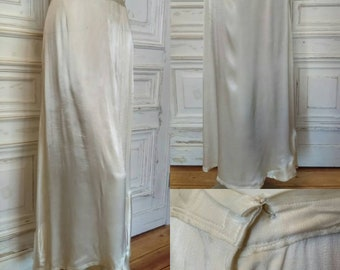 Original Late 1930's Early 1940's Ivory Silk Underskirt  - Fair Condition - Only 35 Pounds!