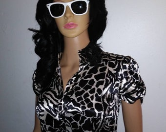 Women's Short Sleeve Animal Print Mini Dress with See thru lace bottom,Women's Animal Print Dress. Size 6
