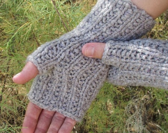 Handspun, Handknit Babydoll Wool Fingerless Gloves. Gray Handwarmer with Purple/White Silk.