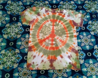 Peace sign tie-dye t-shirt! Size Large