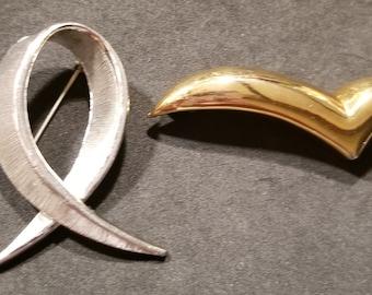 2 Vintage Silver Tone & Gold Tone Metal Brooch Pins