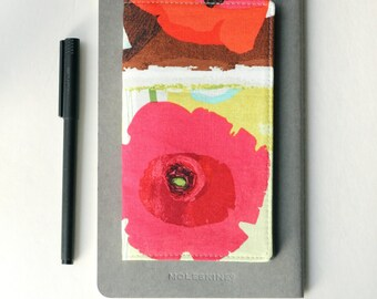 Red Poppy Flower Checkbook Cover, Gift for Her, Under 25, Mother's Day Gift, Cute Gifts for Friends