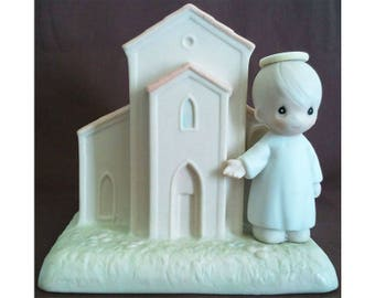 Precious Moments Chapel Figurine There's a Christian Welcome Here Signed G-Clef Vintage Enesco Collectible 1992 523011