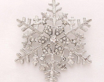 Silver Snowflake Brooch Winter Wedding Bridal Embellishment Bouquet Snowflake Brooches Boutonniere DIY Jewelry Crystal Snowflake Broach