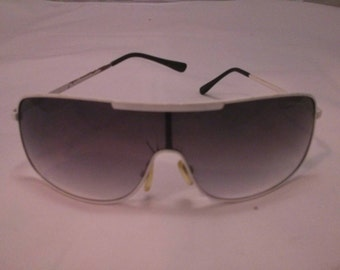 Vintage Collection - White Frame Aviator style Sunglasses