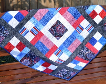 Patriotic Fireworks Wall Hanging Quilt
