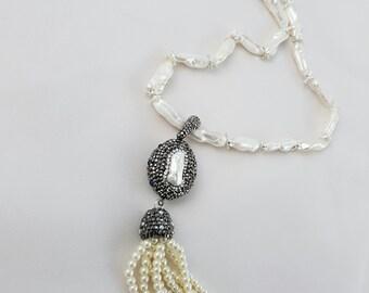 Freshwater pearls Necklace with Swarovski. Swarovski Necklace