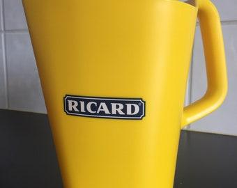 Pichet vintage Ricard  - Pichet en plastique RICARD - Collection   RICARD - Pichet signé Robert Stadler