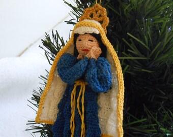 thread crochet pattern, virgin Mary decoration or ornament diy, amiguri Christmas crochet instructions, wall decor pattern, Christmas decor