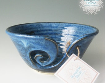 Yarn Bowl, Gift for Knitters, Pottery Yarn Bowl, Ceramic Yarn Bowl