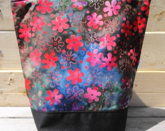 Insulated Lunch Bag - Floral Batik
