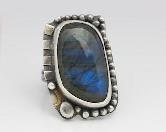 Blue Flash Labradorite Ring, Labradorite & Sterling Ring, Unisex Ring, Statement Ring, Size 6.75