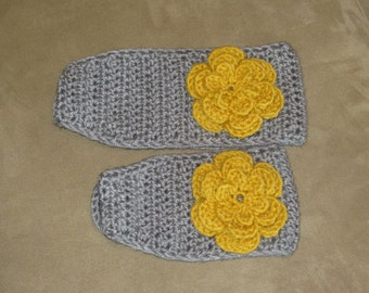Mother/Daughter crochet ear warmers, matching ear warmers, headband, head wrap with a button closure and flower.