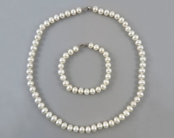 Freshwater Cultured Pearl and Sterling Silver Necklace and Bracelet Set