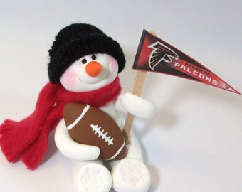 Atlanta Falcons: Football snowman ornament