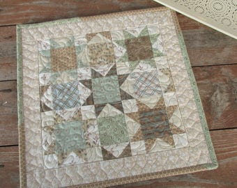 Patchwork Quilted Wall Hanging, Traditional Star Mini Quilt, Scrap Quilt, Neutral Display Quilt, Small Square Table Topper, Soft Green Beige