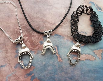 Great White Choker, Shark Necklace, Ocean Jewelry, Pirate Charm, Gothic Pendant, Gift For Her, Teeth Jewelry, 90s Tattoo Choker, Shark Teeth