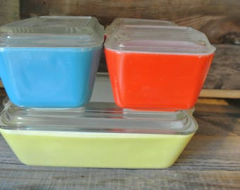 Vintage Pyrex Refrigerator Dish Set Mint Condition!