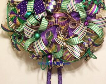 Mardi Gras Deco Mesh Wreath, Jester Mardi Gras Wreath, Coins Bead Feather Wreath, Fat Tuesday Decor, Whimsical Mardi Gras Wreath Nola Wreath