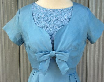 Vintage dress and bolero from the 1950's - Classic lace dress - Elegant pale blue dress