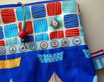 Maritime Zippertasche Segelboote mit tollen Details,rot, Knopf, blau,handmade,Unikat