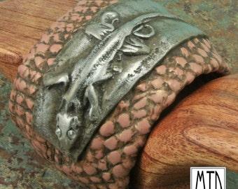 ALLIGATOR LIZARD Polymer Cuff Bracelet - MTD