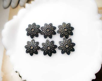 Rustic Oxidized Bead Caps - 6 Dark Patina Silver Tone Scalloped Disc Caps - 15mm - Age Worn Dark Primitive Floral Stars - starmie