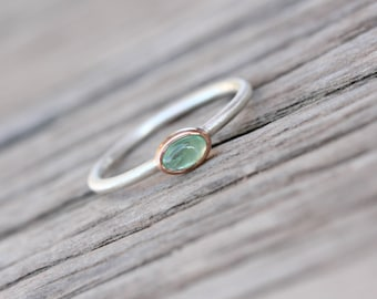 Tiny Genuine Emerald 14K Rose Gold Silver Ring Boho Pale Green Grass Delicate Gemstone Stackable Oval Cabochon Gem Dainty Band - Grässchen