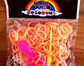 260 - 10 clasps - 1 neon Orange elastic crochet - 1 stand loom